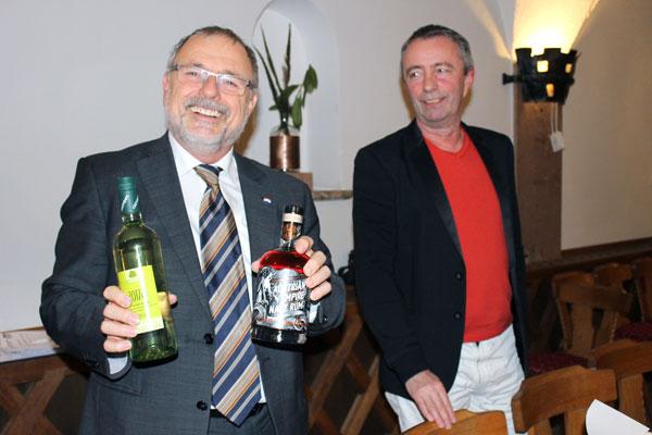 Der scheidende Messeobmann Christian Haidinger und der neugewählte Messeobmann und Messeorganisator Herwig Untner